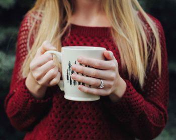 近年、健康ブームから注目されている「温活」も、メンタルを元気にするのに効果的。心に余裕を持って、人に優しくいるためにも、「心の温活」を始めてみませんか?