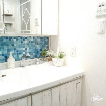お風呂やユーティリティ、トイレなどの水まわりはこの時期に。これに合わせて新年から使うタオルやバスマットなどを新調してもいいですね。