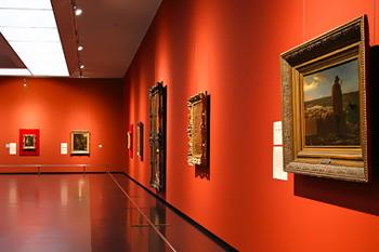 ミレーの「種をまく人」「落チ穂拾い、夏」「夕暮れに羊を連れ帰る羊飼い」など油彩11点を含む70点を収蔵している美術館。入館して絵画を鑑賞します。芸術の秋を楽しみましょう。
