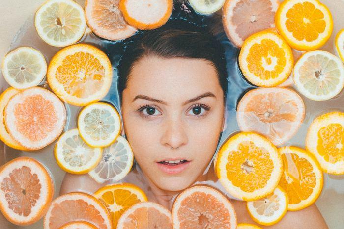 きれいなお肌作りの基本は「汚れを落とすこと」から始まります。自分に合ったクレンジング剤&洗顔料を使って、正しくお肌の汚れを落とすことで、スキンケアもきちんと肌に馴染んで美肌に近づけるはず♪メイク落とし&洗顔のポイントとアイテムをご紹介します♪