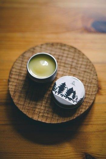 優しくそっと香るよ。「練り香水」の使い方・作り方をご紹介♪