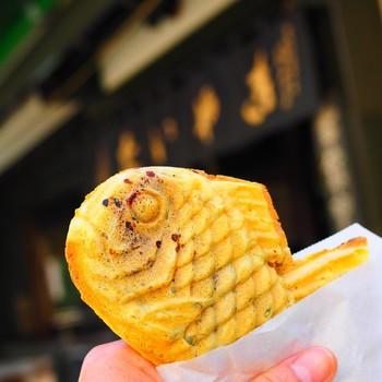 わかばのたい焼きは、あんこと皮もお店のオリジナルで、全て手作り。あんこは北海道産の小豆を使った粒あんを使用し、焼くときは皮の食感がパリっとなるように工夫しているそう。