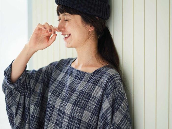 サニークラウズのカタログにも起用されている、人気モデルkazumiさん。私服もおしゃれで独特な世界観を持っているところに惹かれて、コラボ企画を提案したそう。すでに5シーズン目に入り、人気シリーズとなっています。