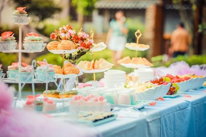 楽しいパーティーの日は、写真で思い出をしっかり残しましょう!今回は、料理・装飾・手土産・集合写真のシーン別に、参考になるような写真を紹介していきます*ぜひ挑戦してみてくださいね。