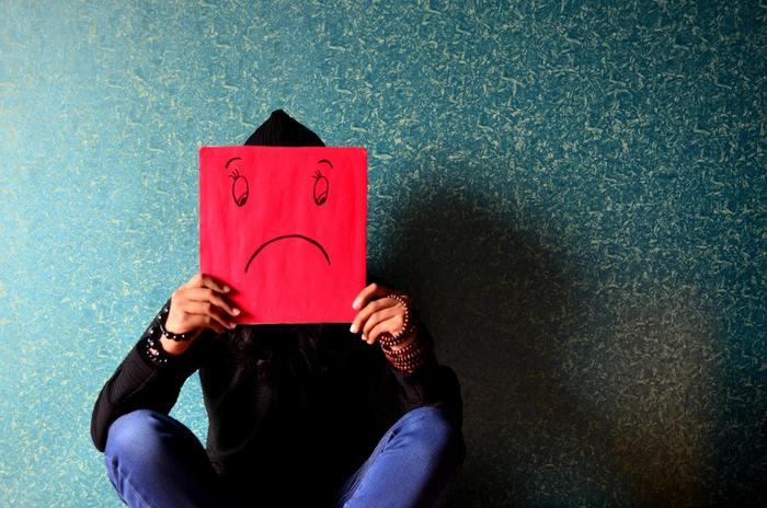 """「大掃除」と聞くだけで、何となく憂鬱な気持ちになってしまう人もいるかもしれません。特に年末の忙しい時期には、やらなきゃいけないからやる""""タスク""""になってしまいがち。でもネガティブな気持ちで取り組むと、なかなか効率も上がらないですよね。まずは、何のために大掃除するのか考えてみませんか。"""