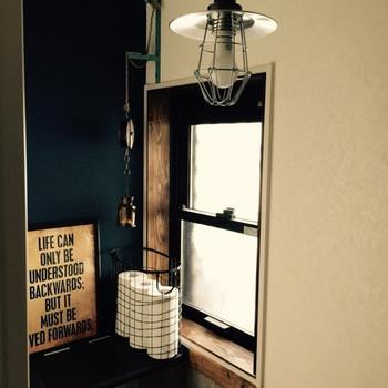 いろいろなトイレットペーパーの収納アイデアとアイテムをご紹介しました。みなさんのお家のトイレに合う収納方法を見つかりましたか? 毎日何回も使うトイレですから居心地のいい空間を作り出したいもの。ぜひ、参考にしてみてくださいね♪