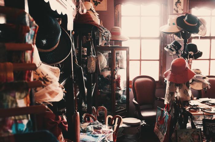 衣服、食器、本やCD、子供のおもちゃや絵本、家具、家電etc...あなたがもう使わなくなってしまったものは、誰かの欲しいものかもしれません。リサイクルやフリーマーケットを積極的に活用してみましょう。みんなが嬉しいハッピーサイクルが生まれます。