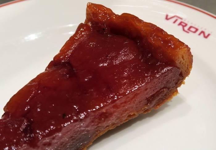 VIRON一番人気のデザート「タルト・タタン」。紅玉をしっかりとキャラメリゼした、この季節限定のデザート。首を長〜くしてタルト・タタンを待っている人も多いとか。