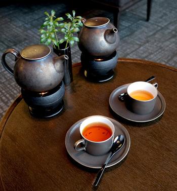 飲み物は、約30種類の紅茶やコーヒーなどのドリンクから好きなものをいただけます。お代わり自由なので、ゆっくりおしゃべりを楽しめますね♪土日祝日の予約は数ヶ月先まで埋まっているそうなので、訪れるときはご予約を忘れずに。