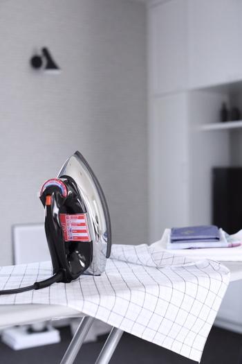 ドイツの家電メーカー、DBKのクラシカルなアイロンはその名もThe Classic。ずっしりとした重さは、アイロンらしい重さで布地をきちんとプレスしてくれそうです。