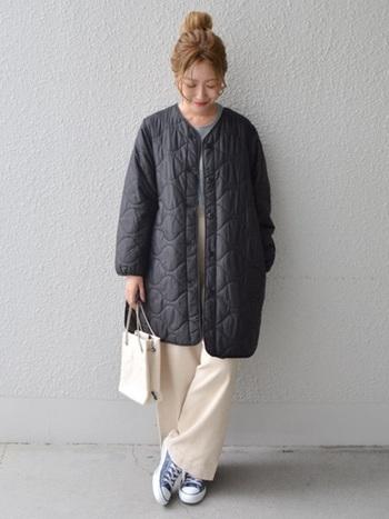 人と差がつくキルティングコートを探しているのなら、色や形だけでなく、ステッチにもしっかり注目。
