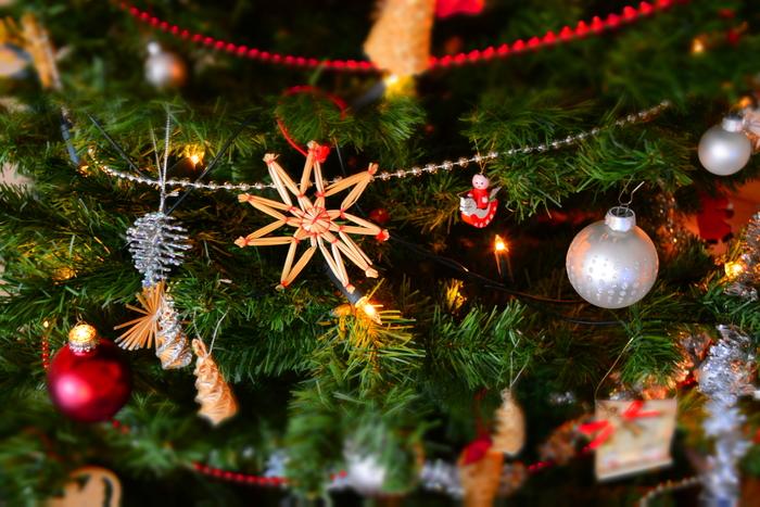 街やお店がクリスマス色に染まってくると、なんだかワクワクしますよね。忙しくても、おしゃれで素敵な「おうちクリスマス」を楽しみたい!そのためには「できるときに、ちょっとずつ」準備していくのがオススメです。クリスマス気分も盛り上がって、一石二鳥!
