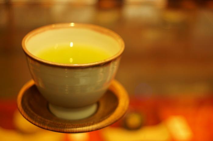 様々な静岡茶を楽しめるカフェをご紹介しましたがいかがでしたでしょうか?他にも、淹れ方やブレンド方法でのみ方が選べるお茶の世界。寒くなる季節にほっこりと落ち着けるお気に入りの一杯を、是非見つけてくださいね♪