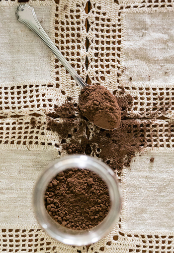 ココアはドリンクとしては勿論、余ったココアパウダーは、ドリンクだけでなくお菓子作りにも使える優れもの。