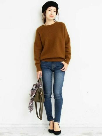 自分に合ったしっくりくるセーター選びには、身幅・丈の長さ・裾リブのデザインに注目してみましょう。