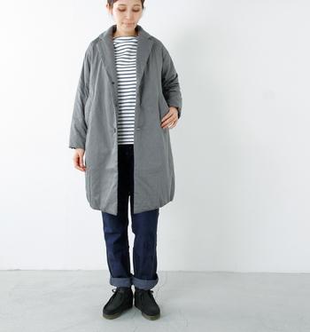ボーダーカットソー×デニムの定番カジュアルコーデも、このコートを合わせるとどことなく上品な雰囲気に。パンツでマニッシュに決めてもいいですし、ロングスカートに合わせて旬のビッグシルエットを楽しむのもおすすめ♪