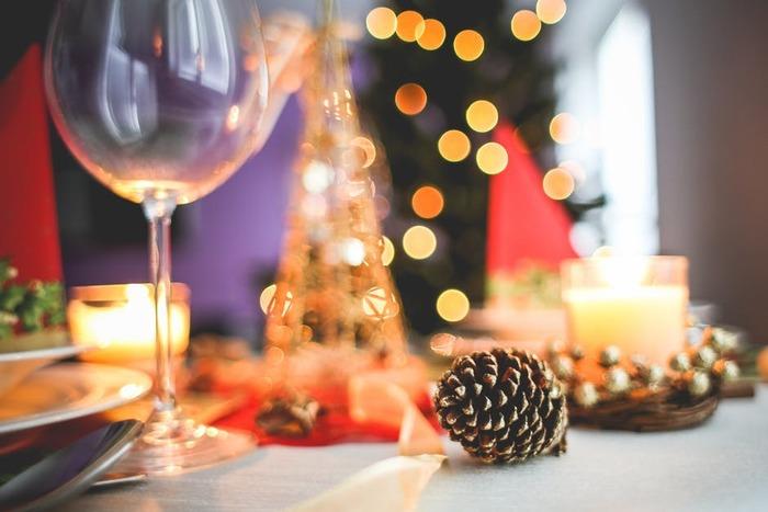 いかがでしたか?「まだまだ先」と思っていてもクリスマスまではあっという間。一週間を単位にして目安をたてて「この週はこれ」などとクリアしていくといいかも。直前になって「あれが足りない!」と慌てたりしないように準備を整えて、素敵なおうちクリスマスを楽しみましょう♪