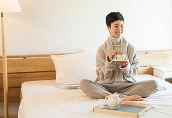 冬は毎日あたたかいインナーが欠かせません。上質な天然素材のアイテムで、ストレスなく心地よく着られるものを身につけたいですね。