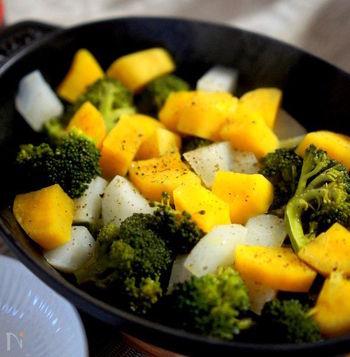 細かく切った安納芋と蕪が、あっという間に蒸しあがります。ほっくほくで甘みが広がり美味しいです。