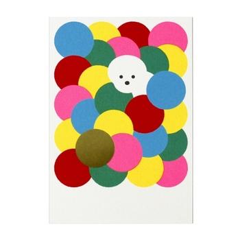 『ドットシリーズ 5枚入り』  カラフルなドットの中から、ひょっこり顔を出す白いワンちゃん。ニューイヤーカードとしてだけでなく、自宅のインテリアに飾りたくなるかわいらしさです。