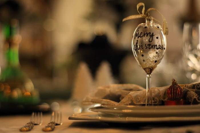 クリスマスが近づくにつれて、ディナーの献立に悩みますよね。せっかくなので、今年はいつもとはひと味違う、世界のクリスマスディナーに挑戦してみませんか?
