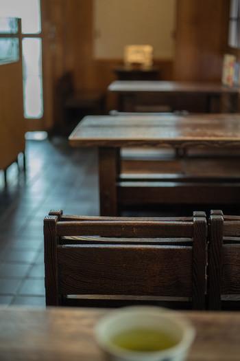 人形町の「初音(はつね)」は江戸時代から続く甘味処。老舗の雰囲気が漂う、ついついゆっくり過ごしたくなる人気の甘味処です。
