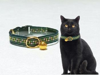 気ままな猫ちゃんには、柔らかな首輪を。2匹以上飼っているお宅なら、柄違いで揃えみては?
