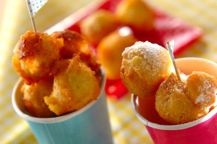 小さなお子さんでも食べやすい、ひとくちサイズのドーナツです。シンプルな味はどんな方にも喜ばれそうですね。