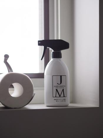 トイレに行く度に便器や手洗い場を洗うなど、何か一つ整えればいつでも爽やか。また、トイレットペーパーは香りつきを選べば、トイレを開ける度にほのかな香りが楽しめ、芳香剤を置く必要がなくなるのだそう。