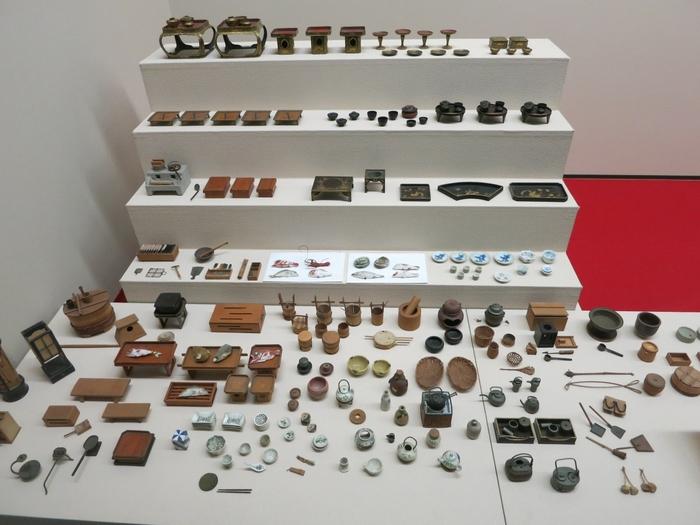 御花内にある「立花家史料館」には、立花家の文書や武具甲冑などが展示されています。江戸時代後期に制作された昔の道具などのミニチュアは必見!とってもリアルで心くすぐられますよ♪