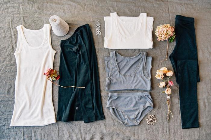 デンマークの老舗ブランド「joha(ヨハ)」より、最高級のメリノウールを使用した型崩れしにくい「アンダーシャツ」です。