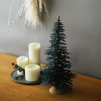 今回ご紹介した自分へのご褒美アイテムは、クリスマス特集のほんの一部。他にも可愛らしいオブジェやインテリア雑貨、お花まで種類豊富にそろいます。クリスマスまで随時ラインナップが更新されていくので、毎日ワクワクしながらのぞいてみてください♪