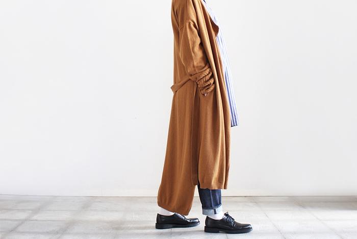 さっと羽織ってトレンド感のあるコーデに。アウターの新定番「コーディガン」の着こなし術
