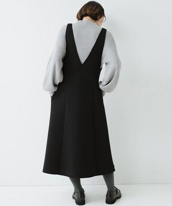 いかがでしたか?シンプルかつフェミニンな装いを叶えるジャンスカ。せっかくなら、これまでにないアイテム合わせや小物使いで、さまざまなスタイリングに挑戦するのがオススメです。この記事を参考に、皆さんも新しいジャンスカの着回しコーデを考案してみてくださいね!