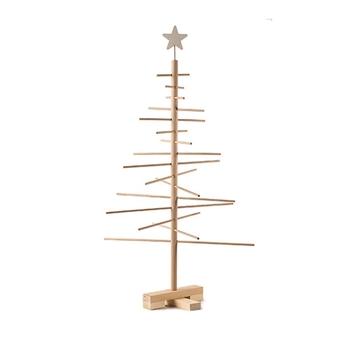 高さ75センチとちょっぴり大きめですが、シンプルでスタイリッシュなつくりは圧迫感がありません。幅広い種類のオーナメントを合わせられるナチュラルな素材は、スロベニア産のブナと松を使用したこだわりのツリーです。
