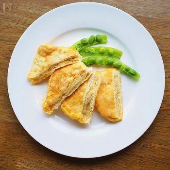 チーズを詰めて、溶き卵につけるだけ。 イタリア料理ピカタも、油揚げを活用すれば簡単にできてしまいます。