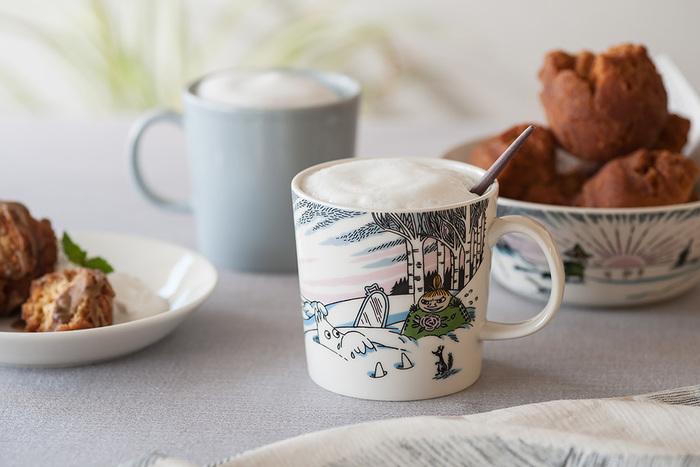 季節ごとに限定デザインを出している「アラビア」のムーミンマグカップ。毎年楽しみにしている人もいるのではないでしょうか?今年もムーミン谷に冬が訪れましたよ♪