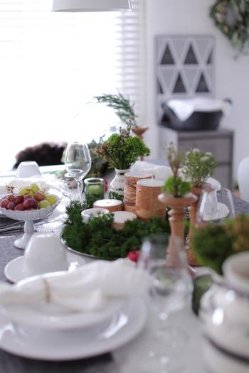 レシピやテーブルコーディネートを先に決めてから必要な物を買いに出かけるほうが、歩き疲れてクタクタになる心配がありません。家にある食器やファブリック類を確認しておき、合わせやすい物で揃えると良いですよ。ネットで下調べしておくのも◎