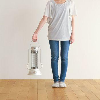 超軽量なのは勿論、持ち運ぶ時の事を十分に考えて設計されているので、女性でも簡単に持ち運ぶ事が出来ます。リビング、キッチン、寝室…気軽に連れて行ってあげて下さい♪