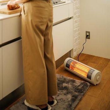 寒くて憂鬱な朝のキッチン仕事。カーボンヒーターなら自分の周りを直ぐにポカポカと暖めてくれるので、いつもよりご飯の支度もテキパキこなせそう!きっと、お気に入りの1台になることでしょう。