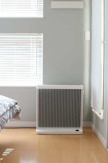 音も静か、空気を汚さないアルミラジエーター方式を採用したスマートヒーターは、オイルヒーターよりさらに進化したまったく新しいタイプのヒーター。優しい自然な暖かさがお部屋全体を包み込んでくれます。