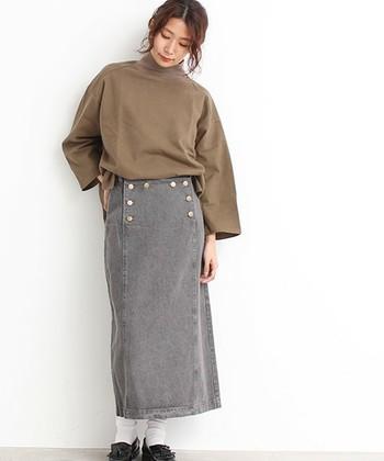 優しくあたたかな手触りの「モールスキン」は、寒い季節のコーディネートにぴったり!いつもの着こなしにプラスして、上品な着こなしを楽しんでみませんか?