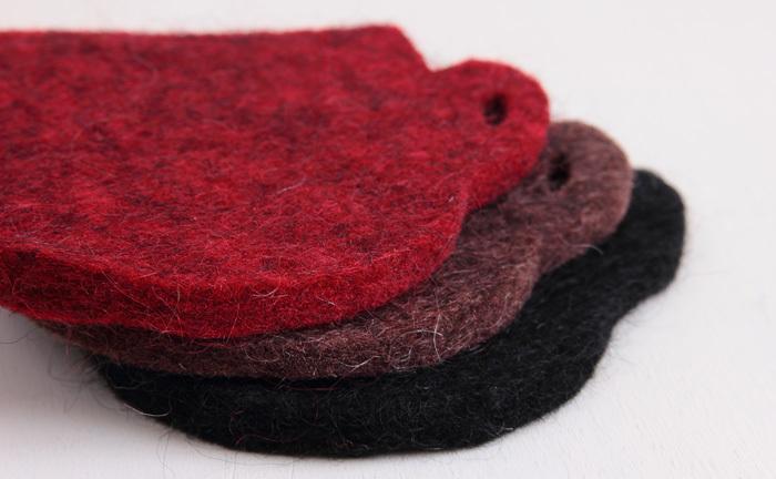 スウェーデンの希少価値の高い羊毛のみを使用。汚れに強く、手入れが簡単なのもメリットです。
