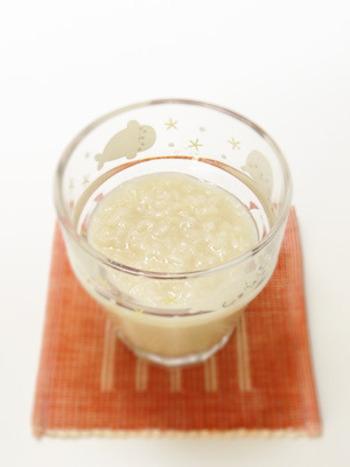餅米と生麩から作る甘酒もヨーグルトメーカーを使用します。餅米を炊く際、水を少なめにすると濃厚な甘酒に。好みで加減出来るのが手作りならではの魅力です。