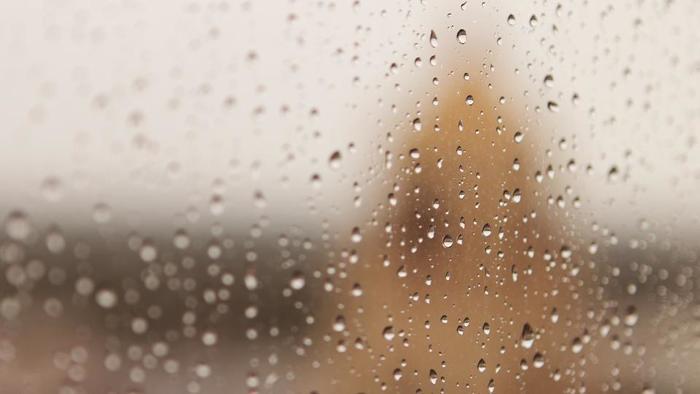 「明日、雨だったら嫌だな」。気持ちもちょっとダウンしやすい雨。そんなときは、雨の日を楽しめるグッズを用意しましょう。「明日の天気」で落ち込むより「今日の天気」を楽しみたいですね。