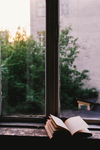 睡眠中に脳は記憶の整理を行います。