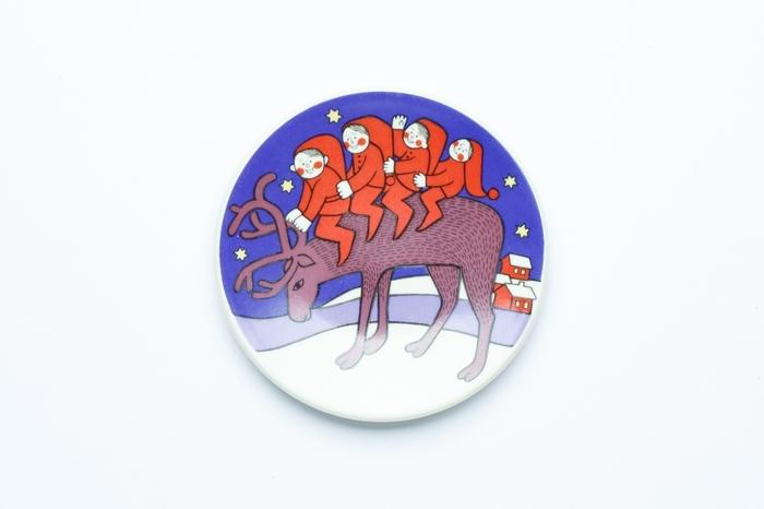北欧の人気食器ブランド「アラビア」のクリスマスプレートは、贈り物にも自分へのご褒美にも◎