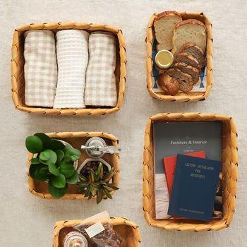 収納として使う事もできますが、食卓の上でパンを入れてもおしゃれです。様々な用途で使用できるので、入れる物に合わせてカゴ使いを楽しみましょう