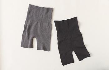 薄手でスッキリと着こなせるスパッツ付きの腹巻です。縫い目やゴムがないから、肌への負担も少なく快適。体温調節機能のある糸を使用しているので、一年を通して着られます。