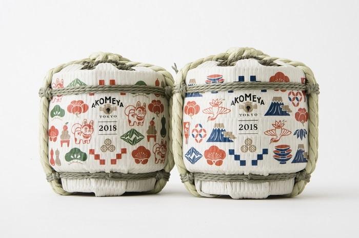 おめでたい雰囲気を盛り上げてくれる豆樽があれば、お正月がさらに特別なものになりますね。  お酒は、伝統の技で仕込んだ芳醇なふくらみがあり、爽やかなキレのある味わいの「川鶴」です。樽のデザインは、干支の戌が散りばめられたものと、富士山がメインの2種類。300mlとお手ごろサイズです。年末年始の贈り物にも喜ばれそう。
